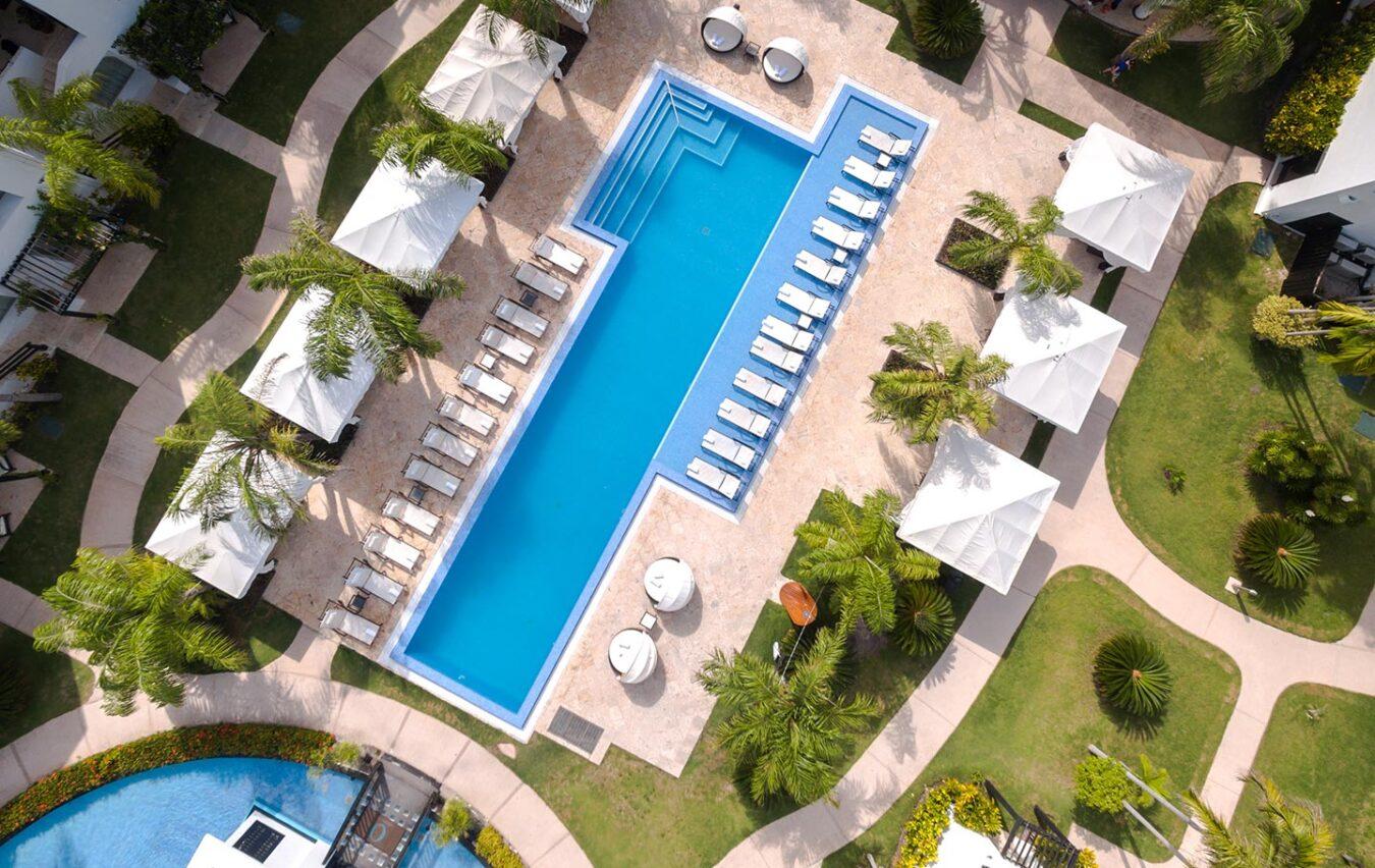 Aerial_of_pool