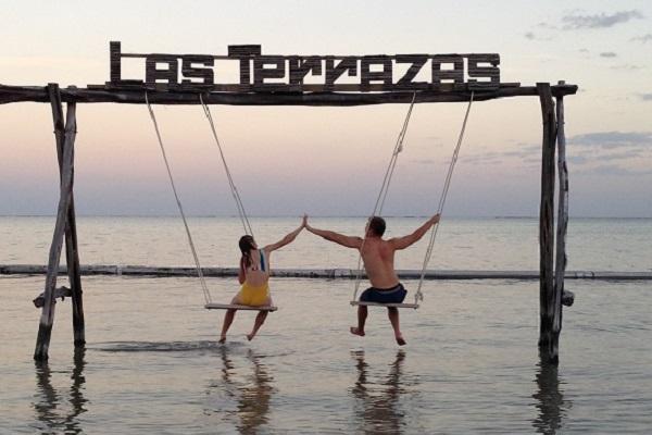 Las Terrazas Resort swing